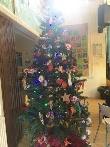 Simple Christmas Tree Decorations Philippines.International Christmas Tree Wilmslow Preparatory School